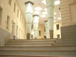 Atrium na fakultě sociálních studií. Foto: Pavla Lokajová/LeMUr.mu