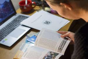 Ke zkouškám je možné se připravit pomocí specializovaných kurzů či učebnic. Foto: Jitka Janů/LeMUr.mu